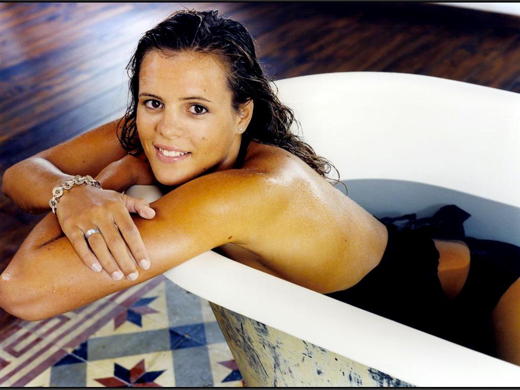 Laure Manaudou 01 1024x768
