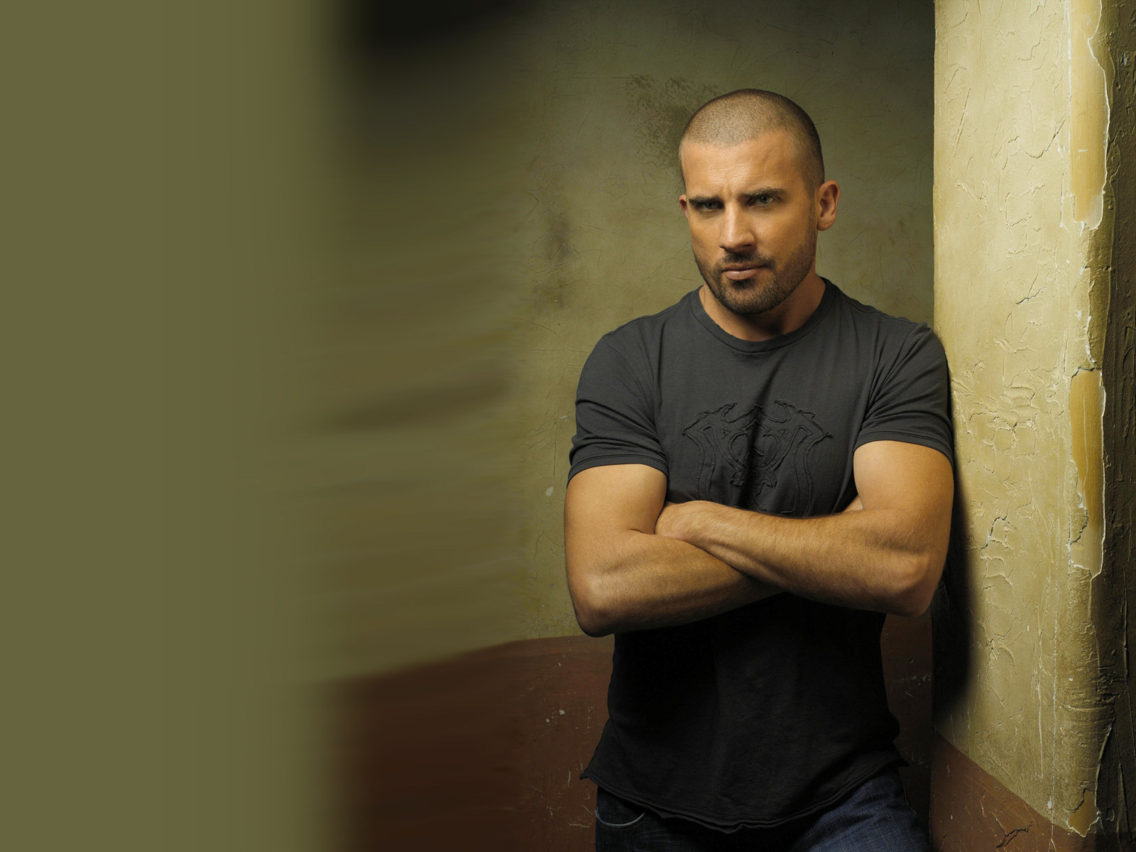 Dominic_Purcell_03_1600x1200.jpg