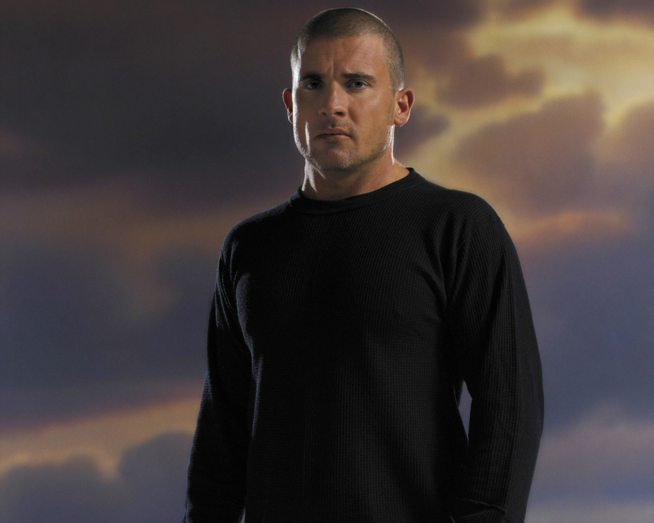 Dominic_Purcell_05_1280x1024.jpg