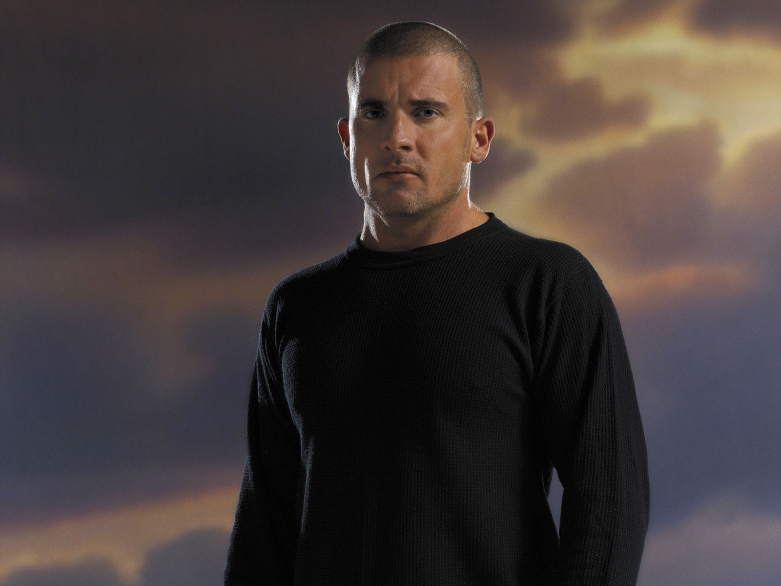 Dominic_Purcell_05_1600x1200.jpg