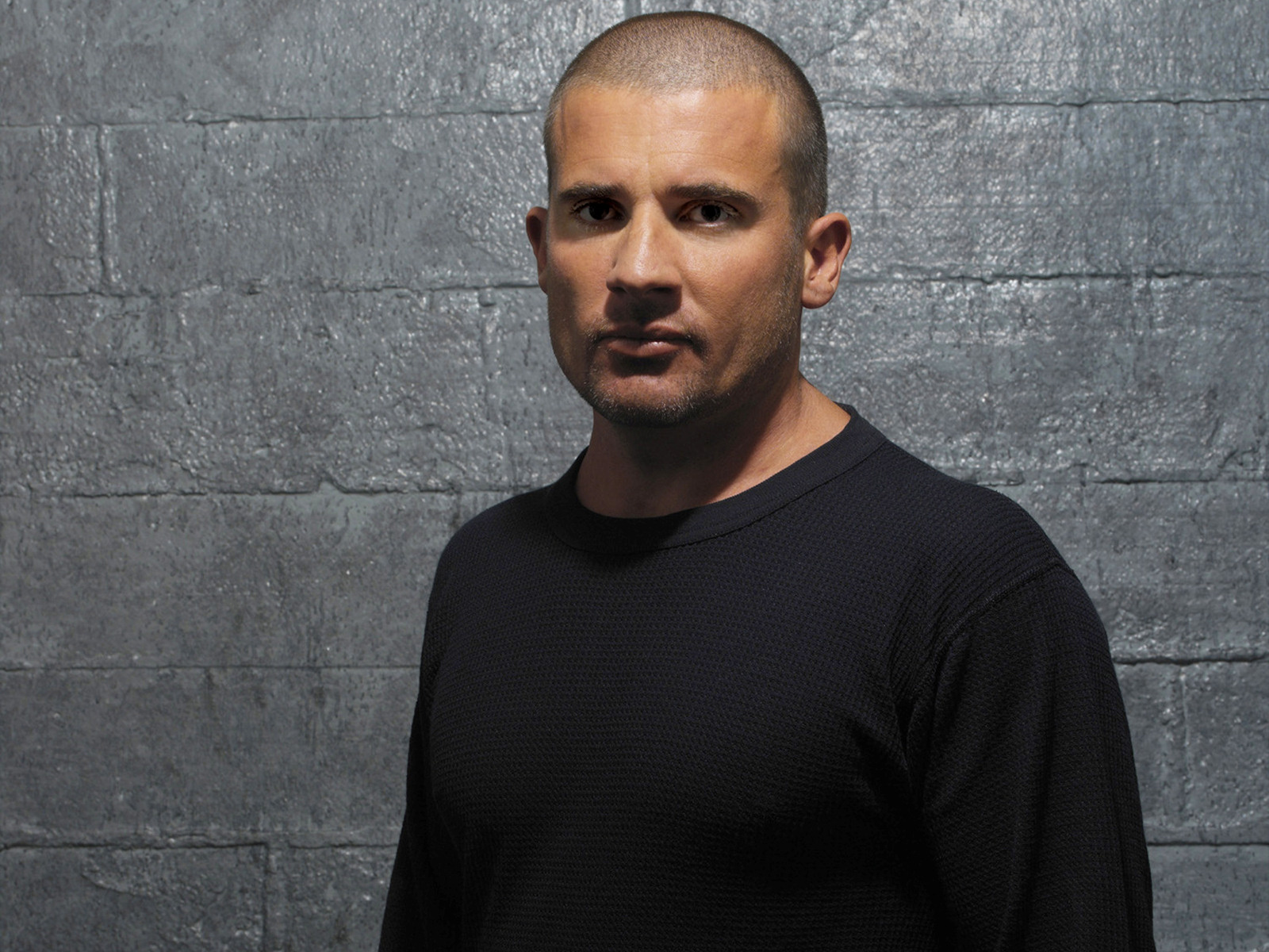 Dominic_Purcell_06_1600x1200.jpg
