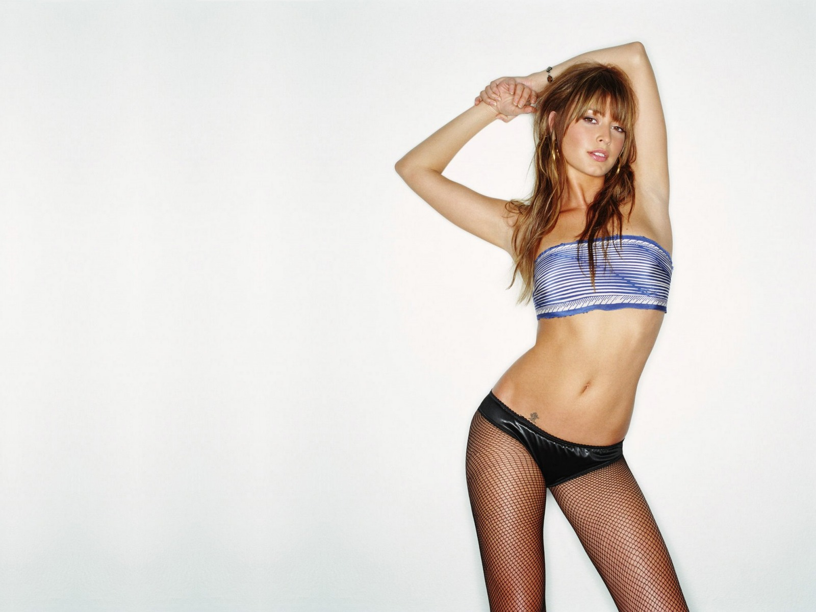 Holly_Valance_25_1600x1200.jpg