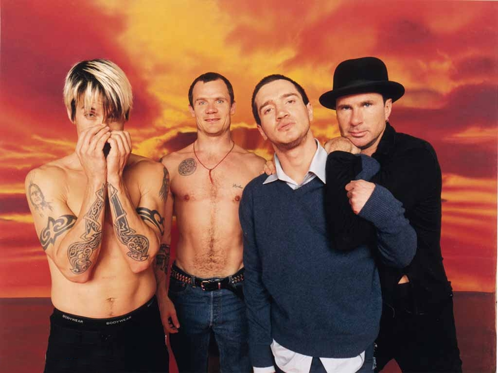 Red_Hot_Chili_Peppers_02_1024x768.jpg